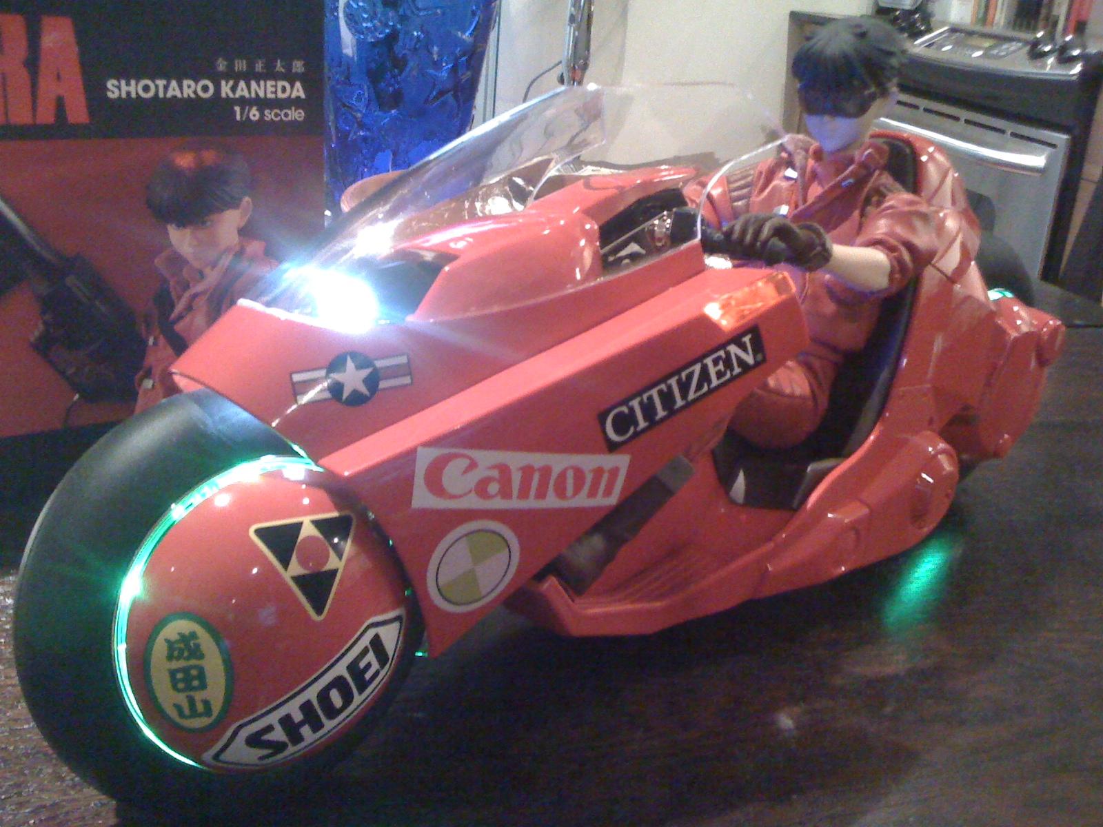 Akira Bike 1 6 Scale Celluloid Pop Culture Junkie