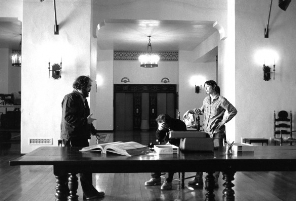 shining-the-1980-005-stanley-jack-shelley-on-set